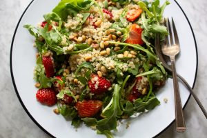 strawberry arugula salad BLE